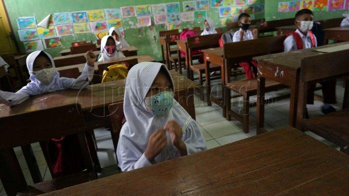 Pemkab Semarang Sementara Tak Izinkan Pembelajaran Tatap Muka