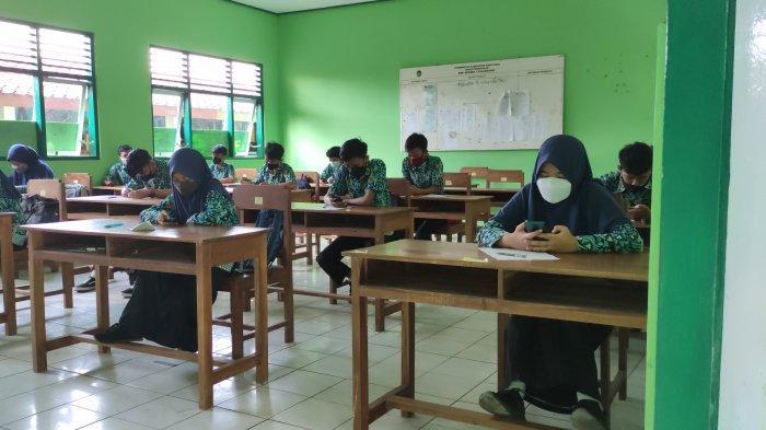 Sejumlah Sekolah di Banyumas Mulai Laksanakan PTM, Pengawasan Diperketat Hingga Luar Sekolah