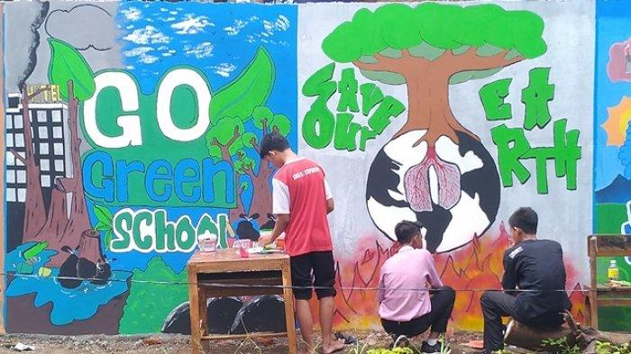 Kreatif Dinding Belakang Sma Negeri 1 Cepiring Dipercantik Pakai Mural Tribun Jateng