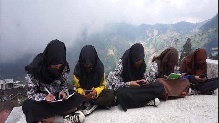 Potret Sekolah di Pelosok Batang, Sugito Percepat Pemerataan Jaringan Internet Gratis untuk Siswa