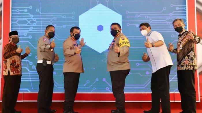 AKBP Ronald: Program QRIS Cashles dan SKCK Door To Door Merupakan Terobosan di Saat Pandemi