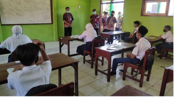 Empat SMP Negeri di Rembang Dinilai Penuhi Syarat Pembelajaran Tatap Muka