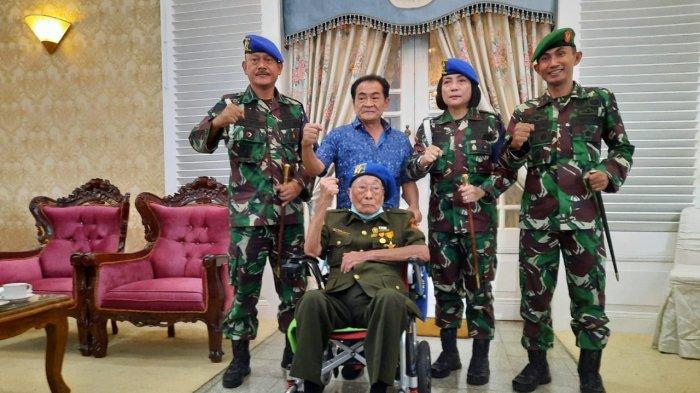 Soegeng budhiarto di rumah dinas bupati banjarnegara