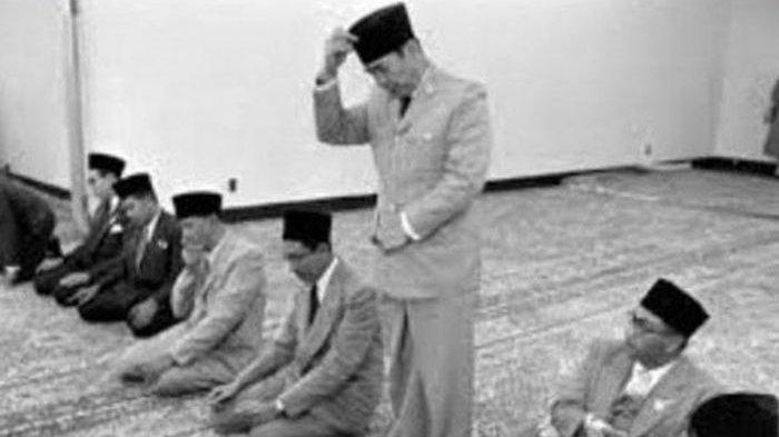 Presiden Soekarno Ditembak dari Jarak 7 Meter saat Sholat Idul Adha, Pelaku: Bayangannya Bergeser
