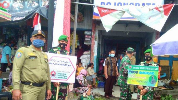 Sosialisasi Jateng di Rumah Saja, dan operasi yustisi yang digelar di Pasar Bojongbata, Pemalang, Kamis (4/2/2021).