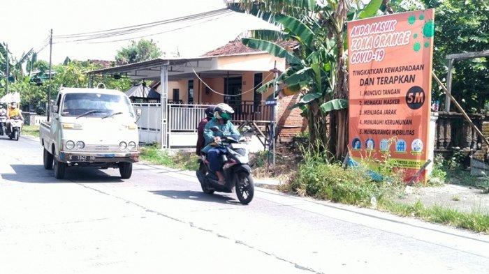 Tingkatkan Kesadaran Prokes, Pemerintah Desa di Kudus Pasang Spanduk Hingga Gandeng Tokoh Agama