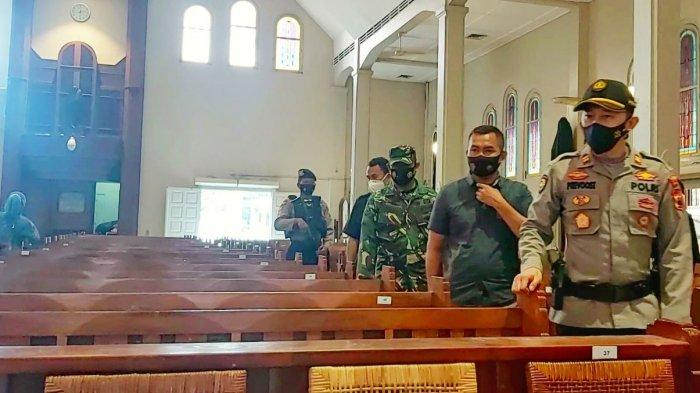 Sterilisasi Gereja, Kapolsek Pasar Kliwon Solo Ajak Masyarakat tidak Takut Terorisme