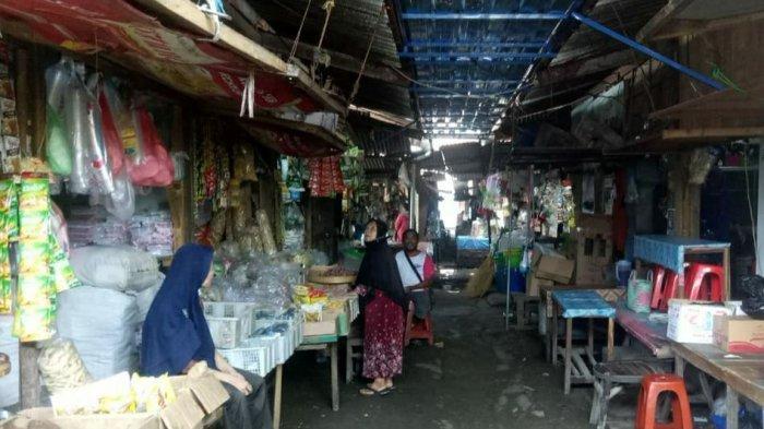 Jateng di Rumah Saja, Dua Pasar Induk di Sragen Sepi Pengunjung, Omzet Turun 50 Persen
