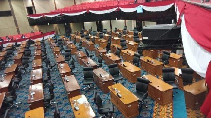 Seluruh Anggota DPRD DKI Jakarta Walk Out Saat PSI Bacakan Pandangannya di Rapat Paripurna