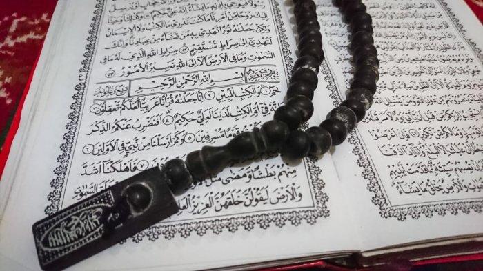 Surat Az Zukhruf Lengkap Arab Latin dan Artinya