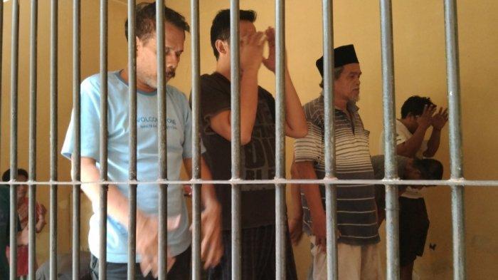 Suka Duka Tahanan Polrestabes Semarang, Jalankan Ibadah Ramadhan dari Balik Jeruji Besi