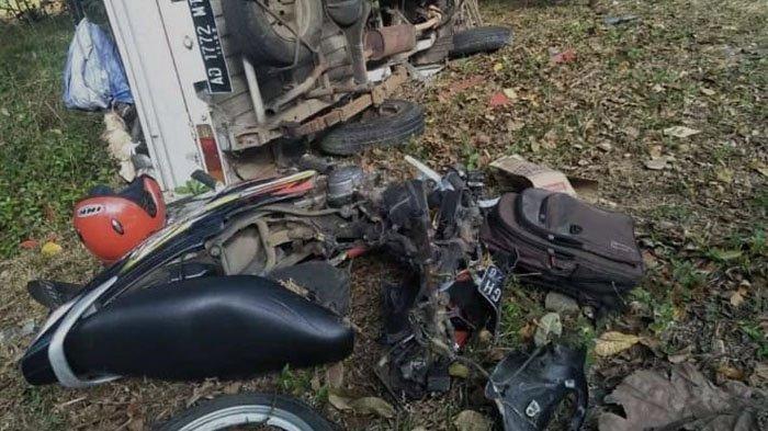 Motor Smash Hancur Kecelakaan Ditabrak Mobil Pikap di Wonogiri