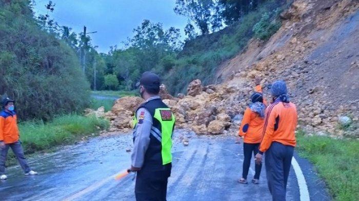 Tebing Longsor di Wonogiri,Jalan Lintas Selatan DIY-Jawa Tengah-Pacitan Jatim Terputus