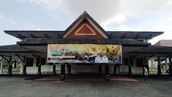 Pemkab Karanganyar Jadikan Gedung Bekas Sekolah Sebagai Tempat Isolasi Terpusat di Kerjo