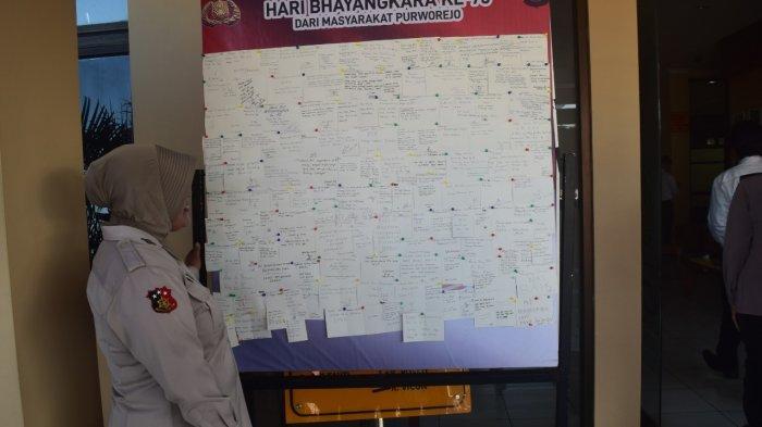 Begini Cara Masyarakat Purworejo Ucapkan Selamat HUT Bhayangkara
