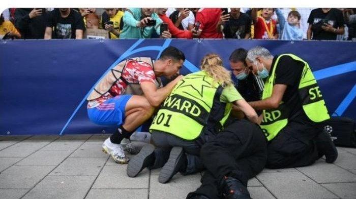Tendangan Nuklir Cristiano Ronaldo Memakan Korban, Kena Petugas Lapangan hingga Pingsan