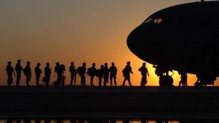 Tentara AS antre dikirim ke berbagai medan tempur global maupun regional di Timur Tengah, Asia dan Afrika.
