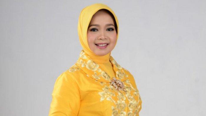 Suami Bupati, Dirinya Anggota DPR RI, Teti Rohatiningsih Beberkan Kunci Sukses Keluarga