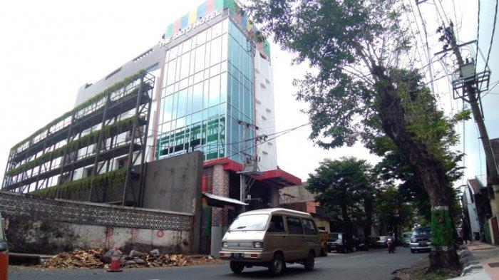 Bikin Rumah di Sebelahnya Rusak, Sidang Kesimpulan Polemik Pembangunan The Sato Hotel Ditunda