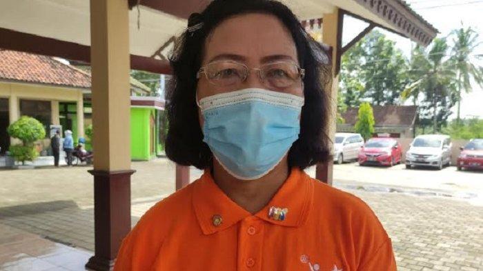Cegah Stunting, Rotary Club Cilacap Berikan Puluhan Mistar ke Kader Posyandu di Kecamatan Kesugihan