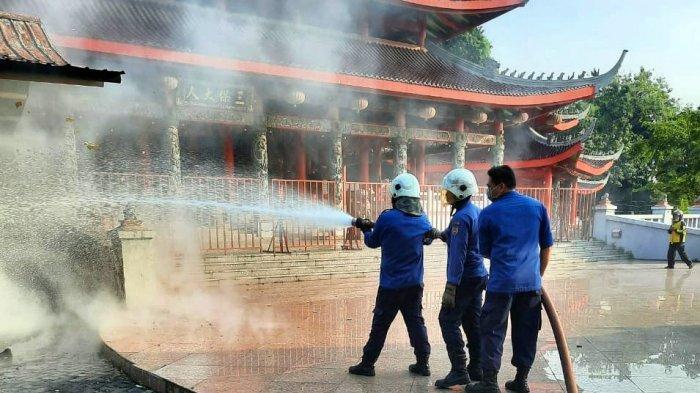 Alhamdulillah, Kebakaran Rumah Lilin di Sam Poo Kong Semarang Berhasil Dipadamkan