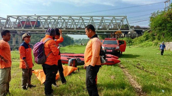 Hendak Cuci Kaki, Siswi 14 Tahun Tenggelam di Sungai Comal Pemalang, Dua Hari Belum Ketemu