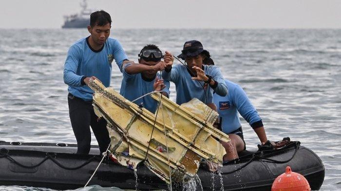 KNKT Ungkap Konologi Detik-detik Pesawat Sriwijaya Air SJ-182 Jatuh,Tuas Kiri Bergerak Mundur