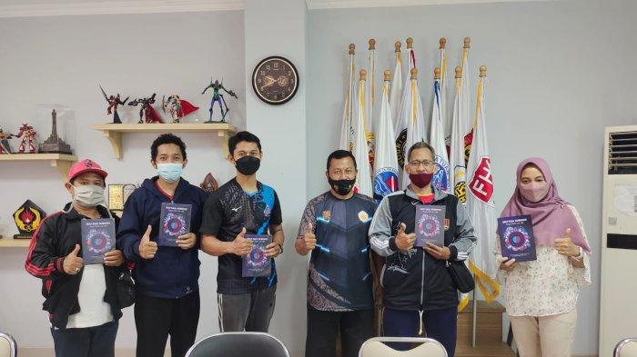 Tim dosen dari Jurusan Pendidikan Kepelatihan Olahraga Fakultas ilmu keolahragaan Universitas Negeri Semarang