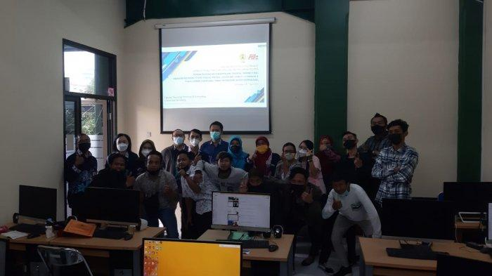 Dosen FTIK USM Beri Pelatihan E-commerce pada UMKM Kampung Sirih