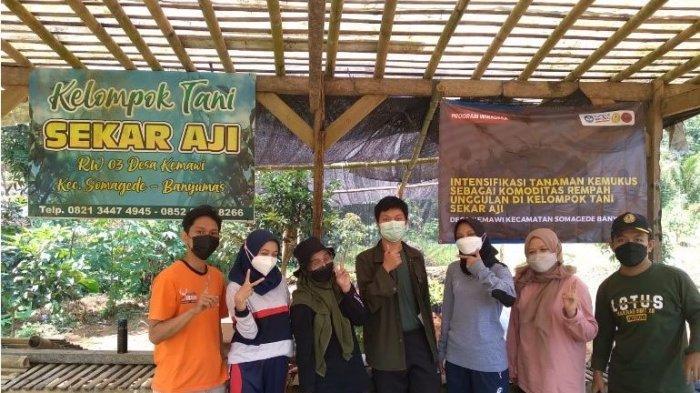 Tim Himagrotek Fakultas Pertanian Unsoed Bersinergi dengan Kelompok Tani Desa Kemawi Banyumas