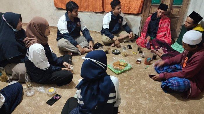 Mahasiswa KKN Undip Damping Warga Manfaatkan Purwaceng Sebagai Bahan Tambahan Puding