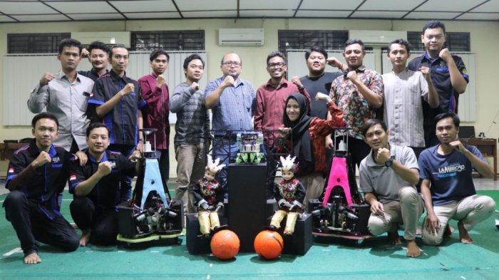 Tim Robotika Universitas Semarang Raih Juara 1 Dalam Kontes Robot Indonesia 2020