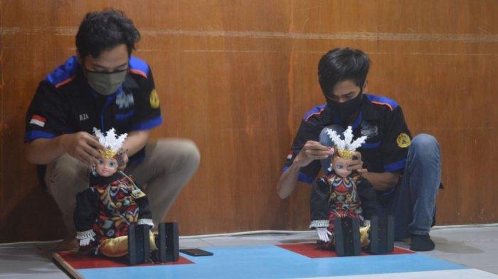 Tim robotika Universitas Semarang yang maju dalam Kontes Robot Indonesia (KRI) 2020