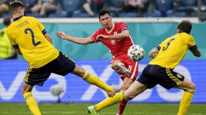 Saling Balas di Laga Swedia vs Polandia, 2 Gol Lewandowski Tak Cukup untuk Lolos 16 Besar Euro 2020