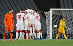 Timnas Belanda Dibantai Turki di Kualifikasi Piala Dunia, Burak Yilmaz Hattrick