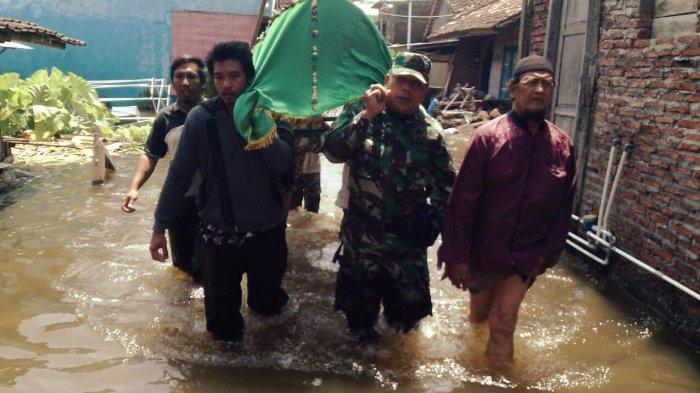 Banjir di Sayung Telan Satu Korban Meninggal, Warga Terdampak Banjir Masih Butuh Bantuan
