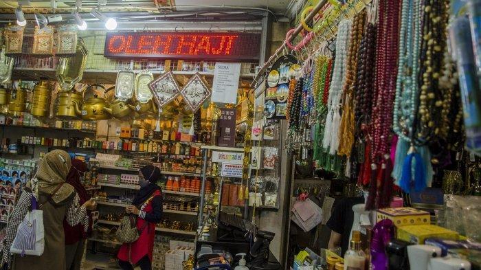 Penjualan Toko Perlengkapan Haji Anjlok Dampak Pembatalan Ibadah Haji