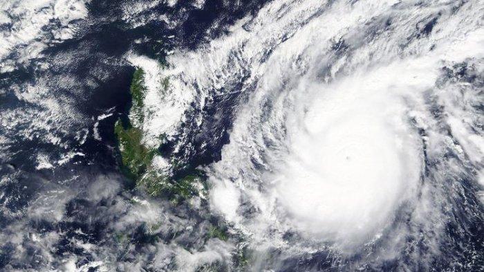 Topan Terkuat di Dunia Terjang Filipina, 10 Orang Tewas