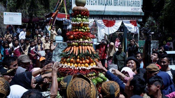 Mengenal Tradisi Buka Luwur, Mengganti Mori di Makam Pengembang Islam di Boyolali