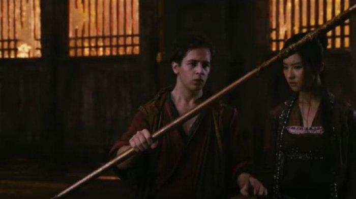 Sinopsis The Forbidden Kingdom Bioskop Trans TV Jam 14.30 WIB Michael Angarano Lawan Penjahat