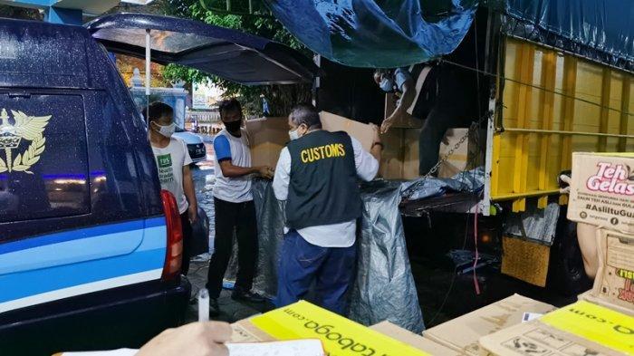 Bea Cukai Sita 2,16 Juta Batang Rokok Ilegal Saat Truk Melintas di Gerbang Tol Colomadu Karanganyar