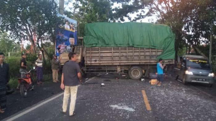 Innalillahi Wa Innailaihi Rojiun, Boy dan Suparno Dua Sopir Meninggal Kecelakaan Adu Banteng Truk