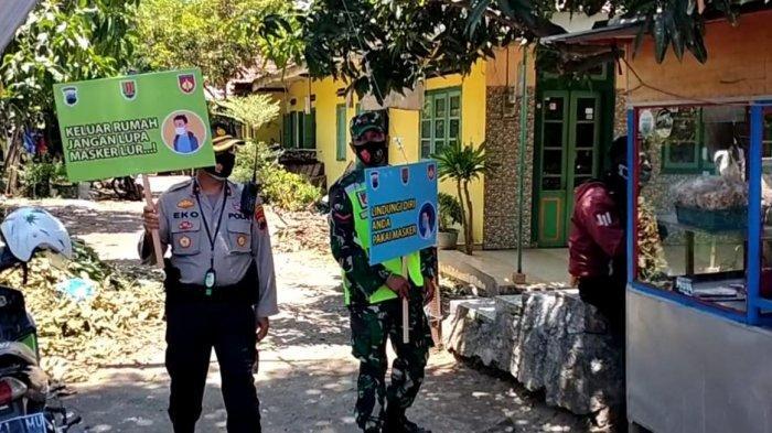 Kompol Eko Blusukan Bawa Papan Informasi Ajakan Pakai Masker