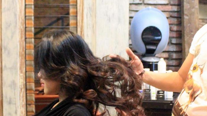 Tujuh Ramuan Tradisional Atasi Rambut Rontok dan Ketombe