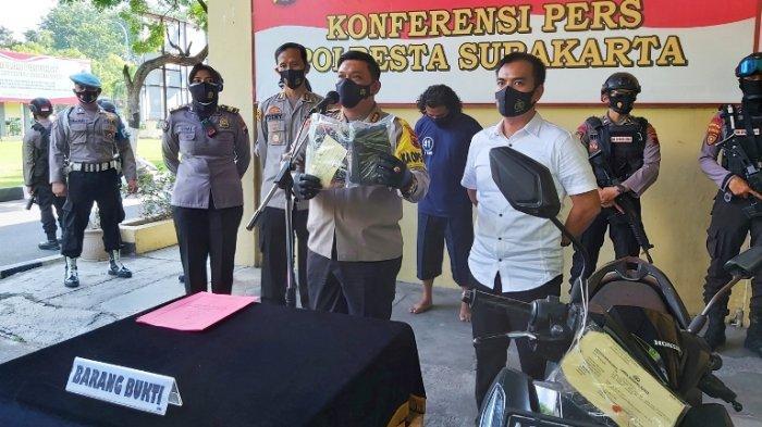 Aiptu Timbul, Anggota Polresta Solo, yang Terkena Pukulan Saat Ini Sudah Mulai Bertugas