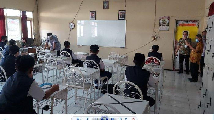 Evaluasi Uji Coba PTM di Tegal dan Brebes, Samsudin: Masker Jangan Dipelorotin