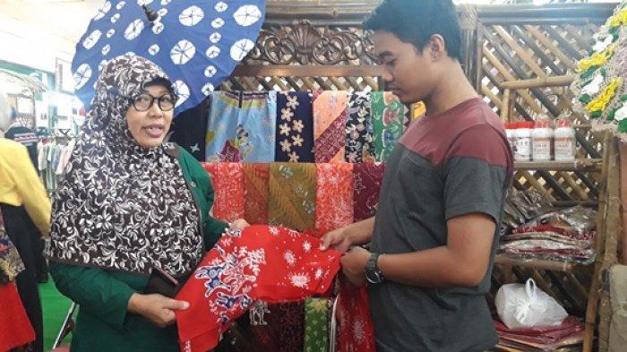 Woro Ambil Ikon Semarang Sebagai Motif Batik