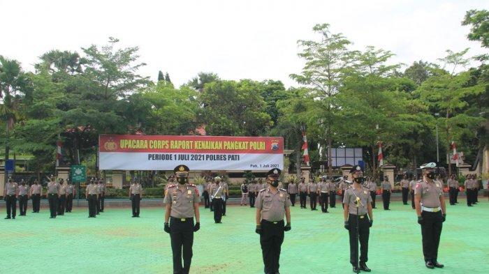78 Personel Polres Pati Naik Pangkat.