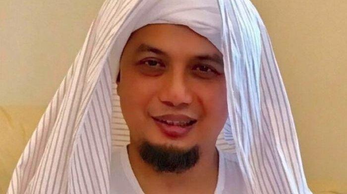 Jenazah Ustaz Arifin Ilham Sampai di Jakarta, Akan Dimakamkan Nanti Malam