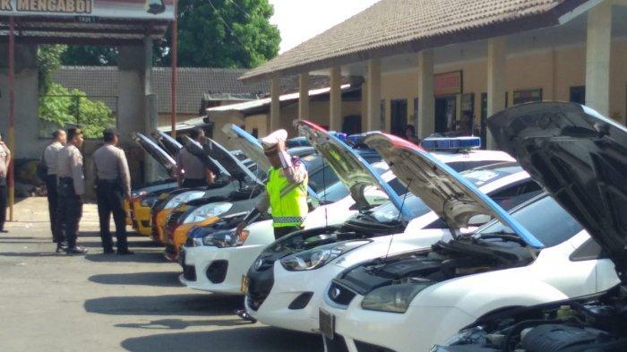 Tim Mabes Polri Periksa Mobil Dinas di Polres Salatiga Pastikan Layak Pakai